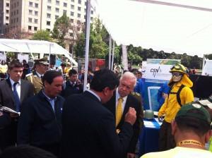 ministro del Interior visita muestra de CONAF