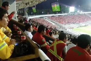 Brigadistas CONAF en Estadio Monumental